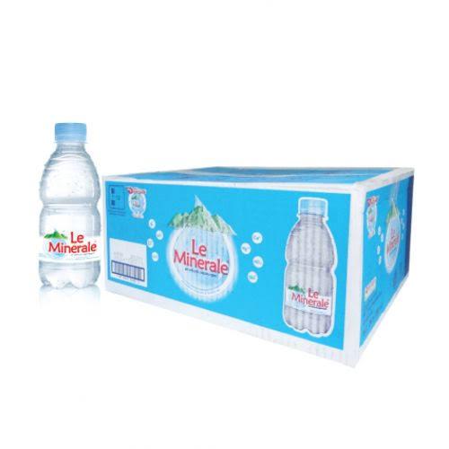 Le Minerale Air Mineral Botol 330 ml